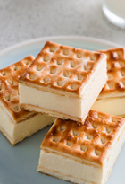 Custard cheesecake slice